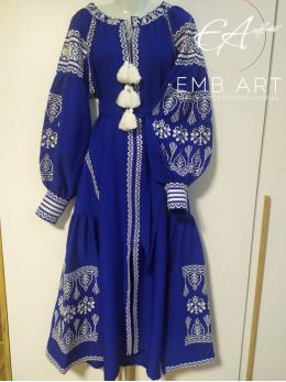"Синя вишита сукня з клинами ""Ріана"""